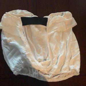 Lulu's Tops - White ruffle tube top